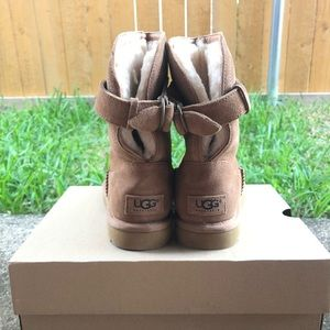 NWOT UGG Pure Women's size 6
